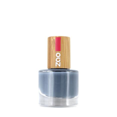 Nailpolish-670-Blue-grey